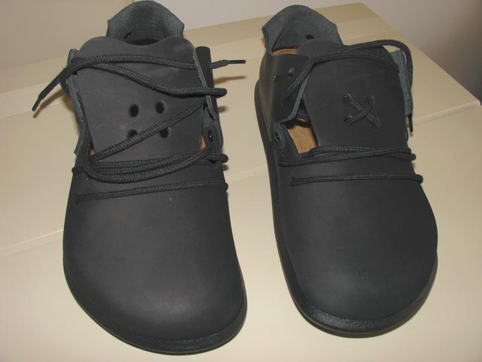 公司好多同事也这么干的   皮鞋我倒是也喜欢买系鞋带的,不过好久图片
