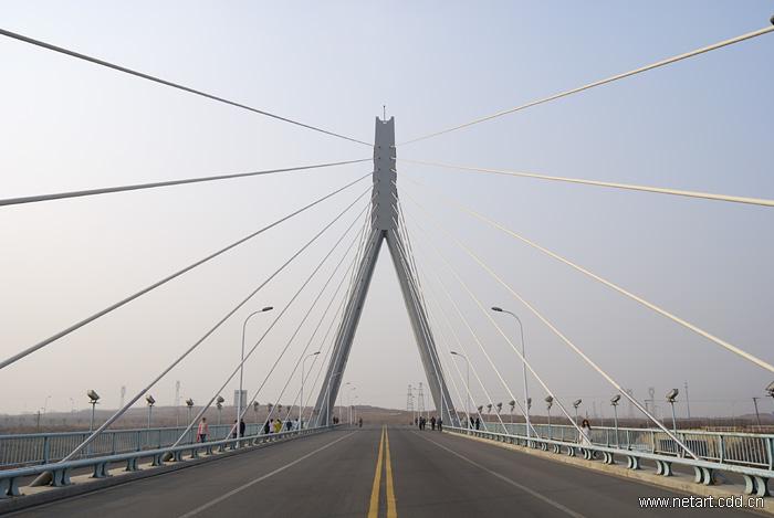 我设计的桥梁(建筑及结构)——燕山大学燕宏桥5