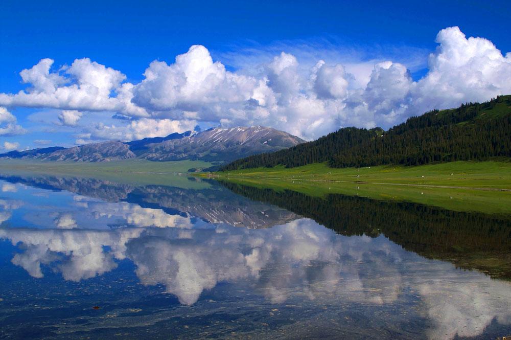 《美丽的赛里木湖》 - 长城雄风 ( 2 ) 博客 - 长城雄风『2』博客