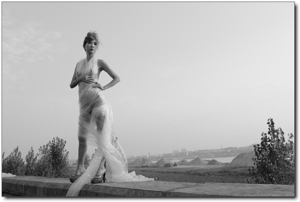 时间: 2011-9-30 20:54   模特:马林   职业:瑜伽,肚皮舞