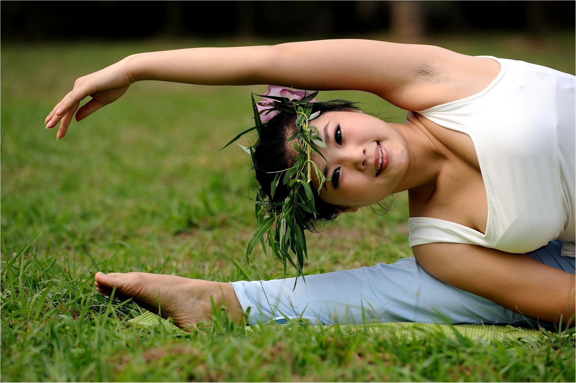 继续图瑜伽美女