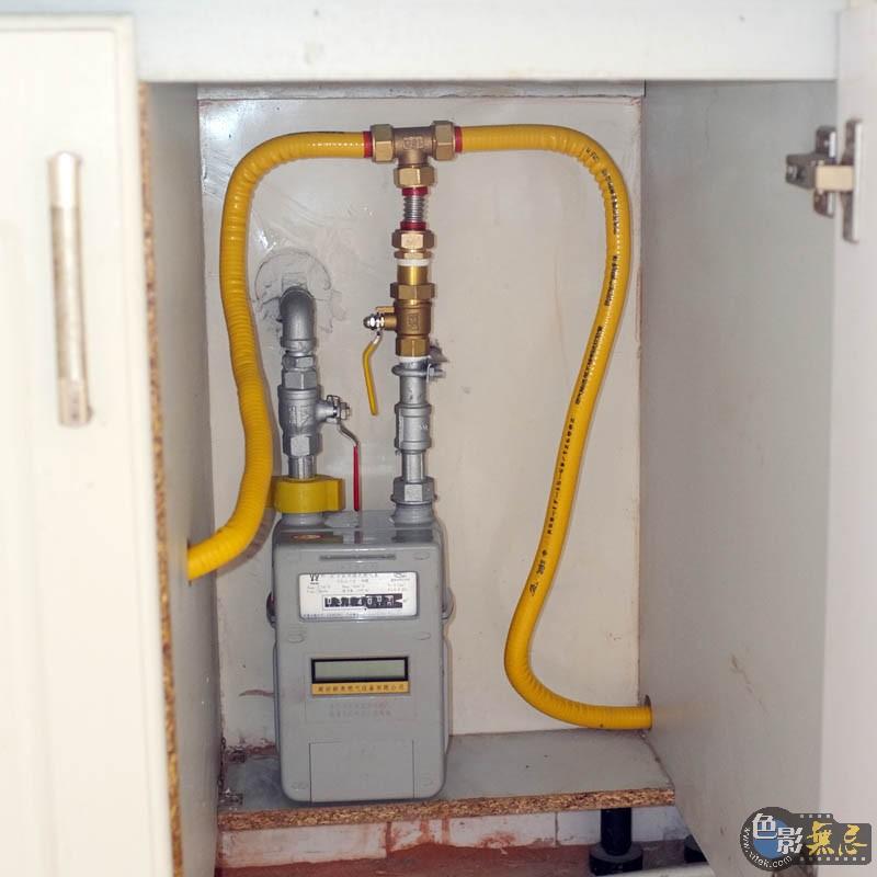 自己动手,搞定林内燃气热水器安装!图片