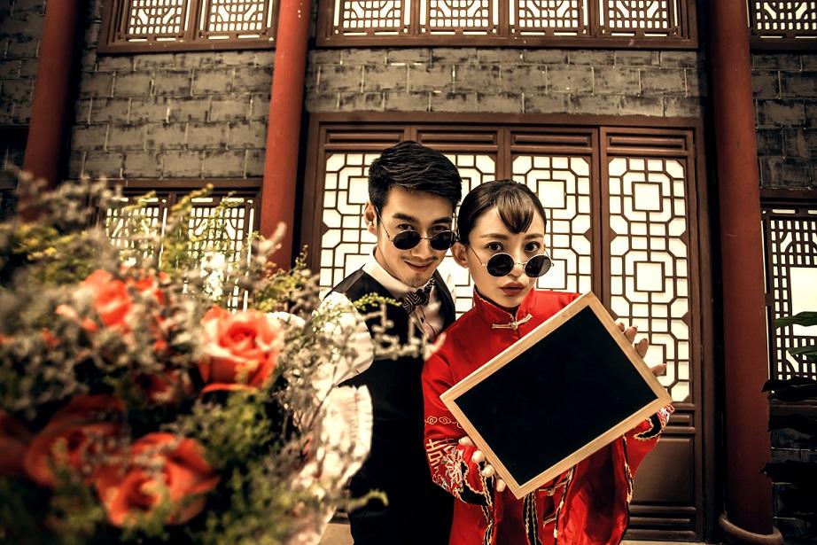中西服饰结合唯美婚纱照独特体验【诺恒北京爱诺庄园】图片