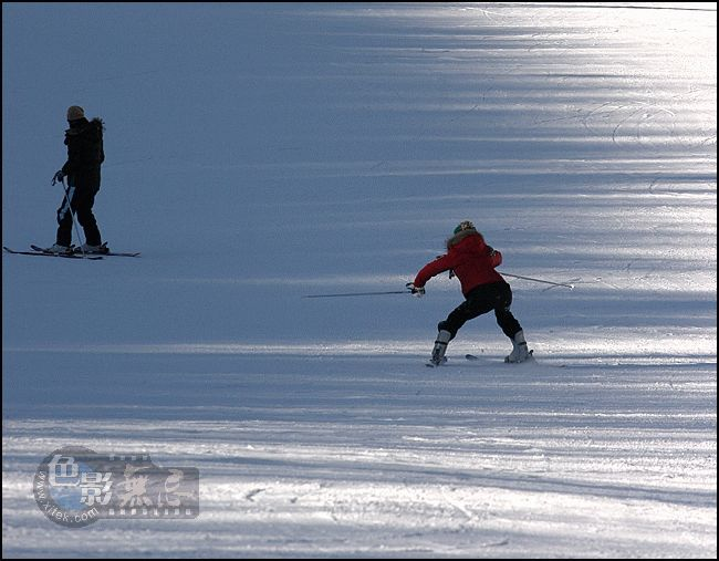 67MM作品:MM学滑雪