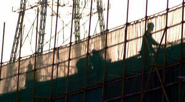 月色港湾作品:浮华的背后