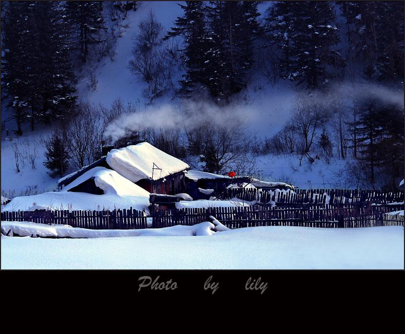 丽人行作品:雪乡的早晨