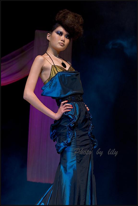丽人行作品:2006《马艳丽高级服装设计》