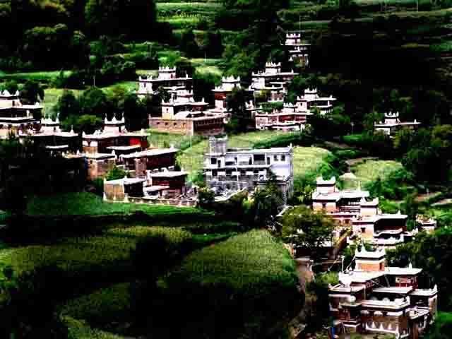 贫下中工作品:甲居嘉绒藏寨