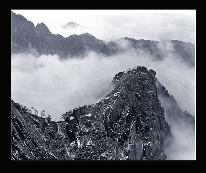 流沙作品:依尔福的黄山