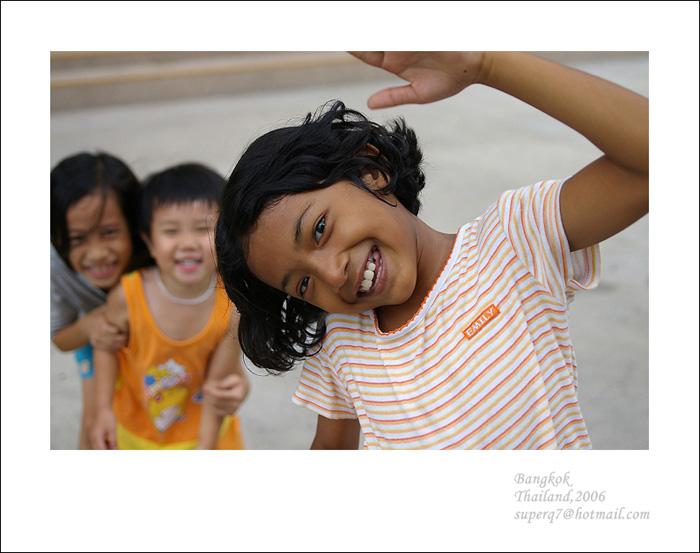 小白龙GZ作品:快乐的姐妹