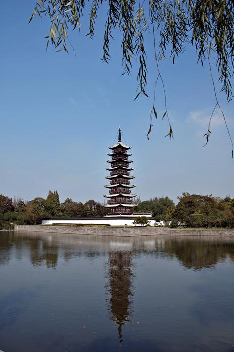 纪冰作品:上海松江方塔园