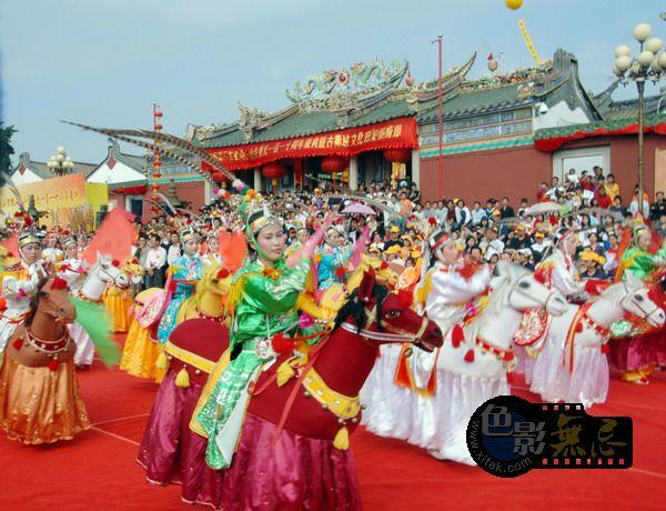 东方摄影爱好者作品:玄武山110年重光民间表演13