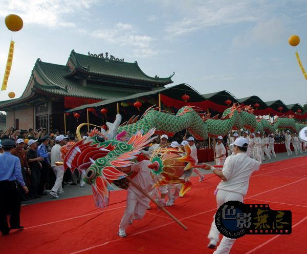 东方摄影爱好者作品:玄武山110年重光民间表演15