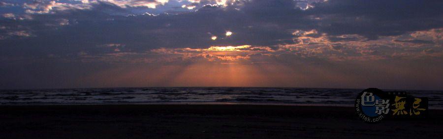 东方摄影爱好者作品:海边日出1