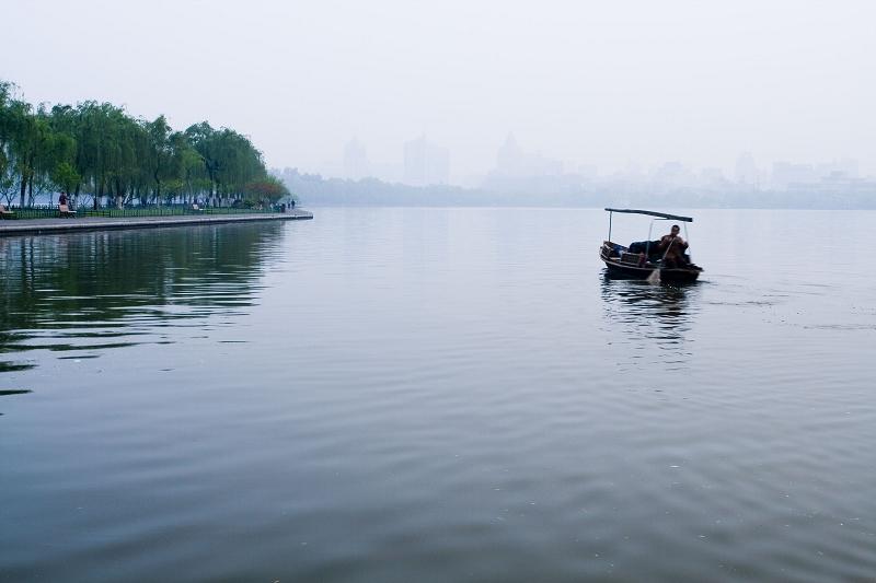 猎光作品:西湖清晨