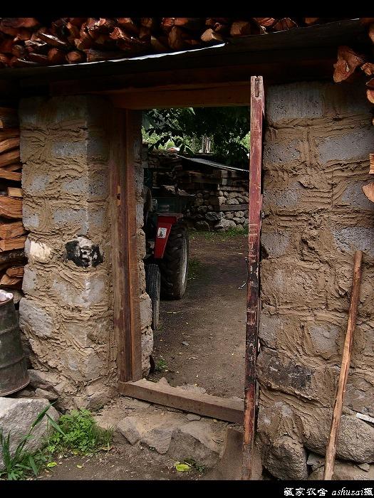 ashuzai作品:藏家农舍