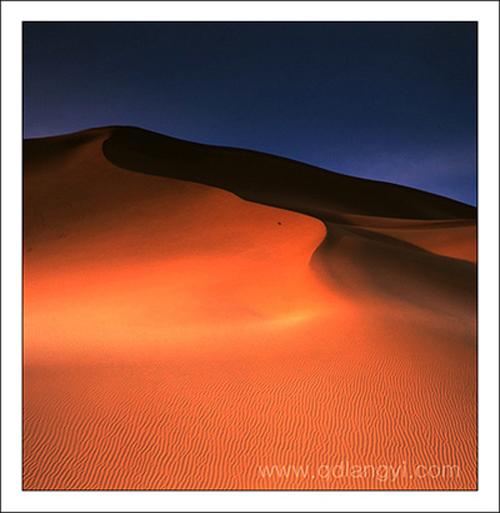 青岛海鸥作品:库木塔格沙漠