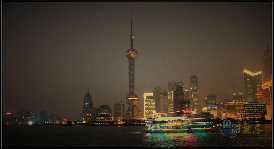 润扬作品:上海东方名珠