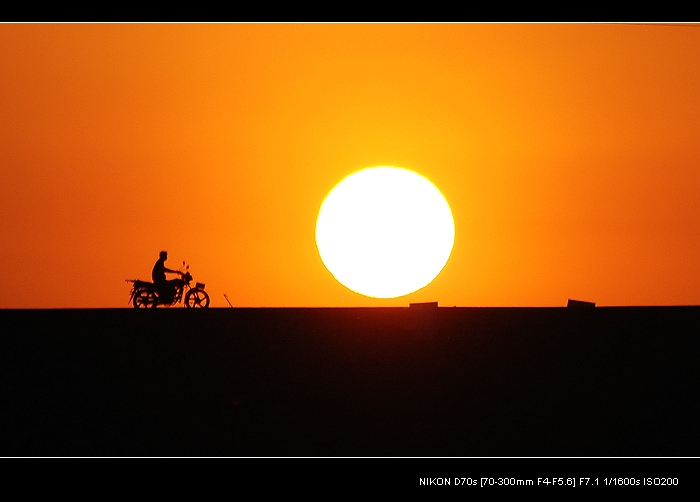 kxty作品:夕阳