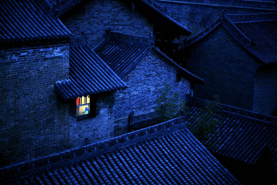 老白兔作品:月下小窗