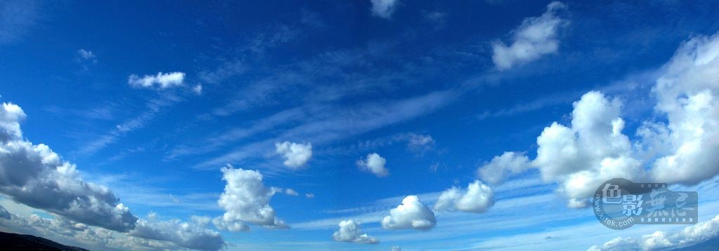 Joycexu作品:天上的云