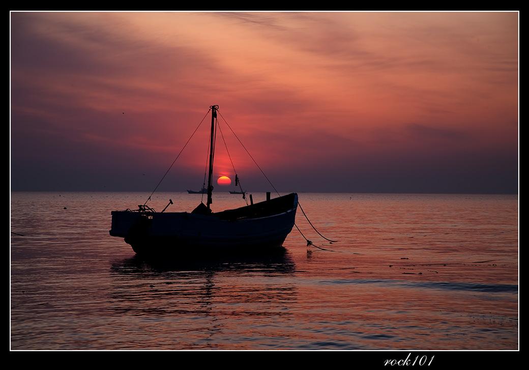 ROCK101作品:海滨日出·船趣