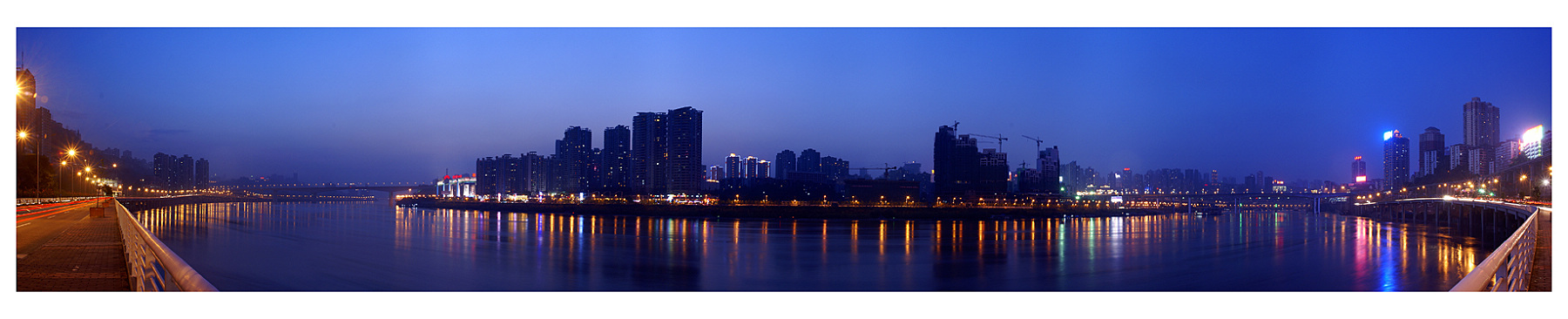 cityanimal作品:山城夜景之江北