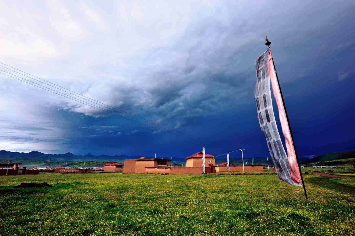 朗摄游作品:安多藏家建筑