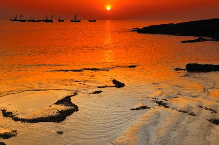 朗摄游作品:涠洲落日