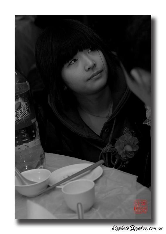 黑白張作品:少女