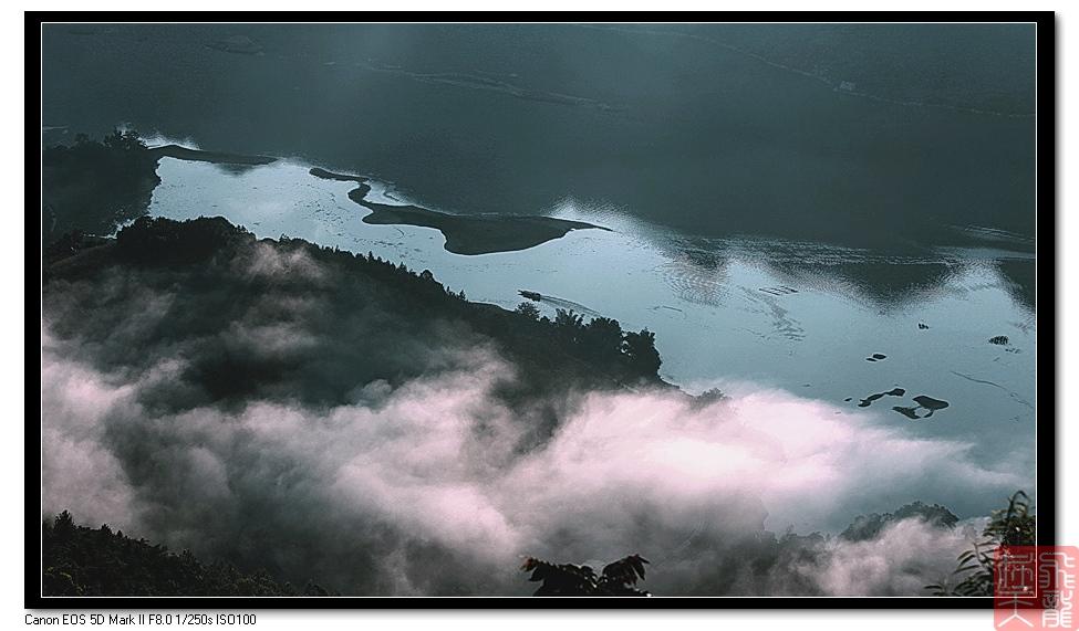 飞龙在天118作品:天耀映晨雾