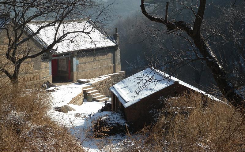 天空辽阔作品:山里的寺庙