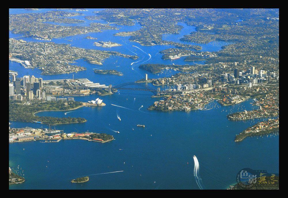 云中龙舞作品:鸟瞰悉尼港