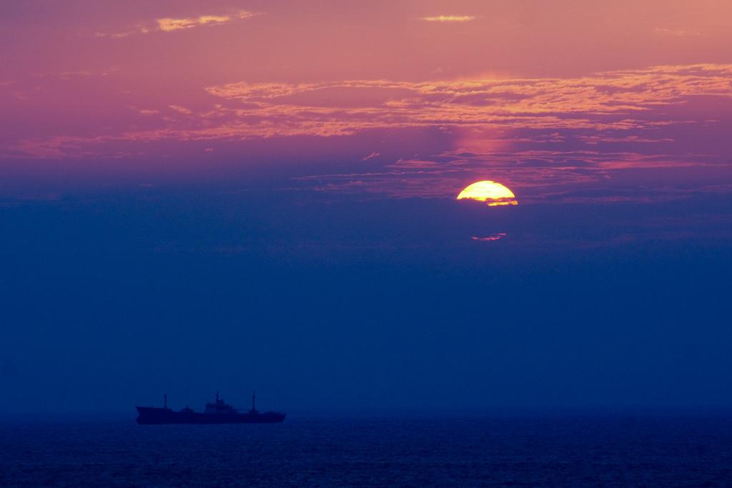 wpenn作品:海上日出