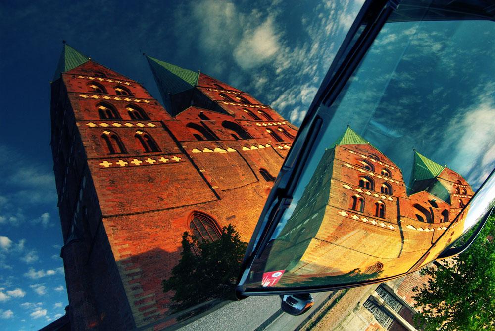 赛西尔贝尔门德作品:吕贝克的教堂