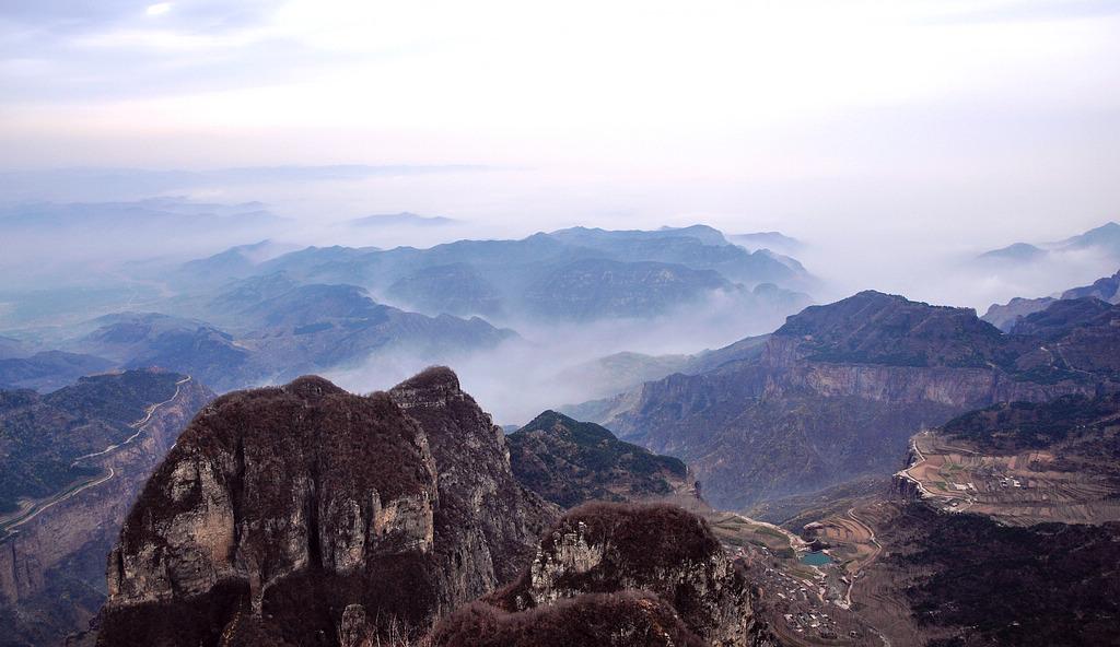世纪金鼎作品:太行远山的云海