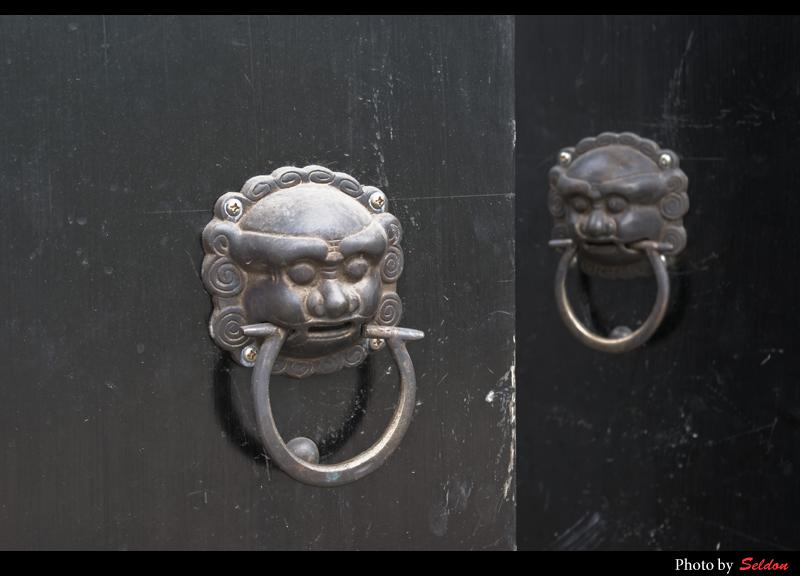 Seldon作品:狮头门环