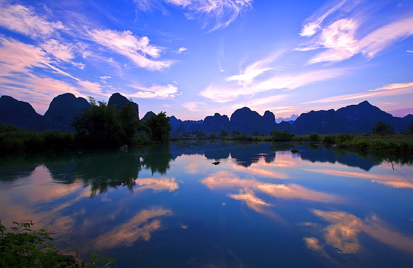 飞龙在天118作品:那山!那水!那光!
