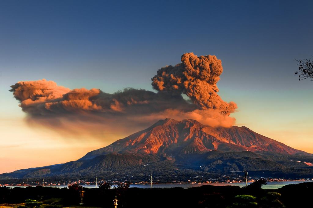 纪南城作品:樱岛火山