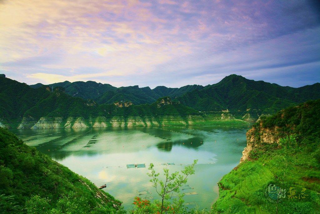 沉降作品:早霞 青山 绿水