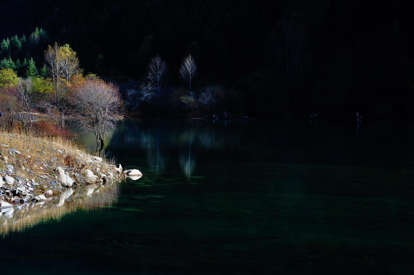 朗摄游作品:秋韵高山湖泊