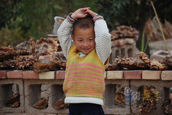 chenanne作品:农家小孩