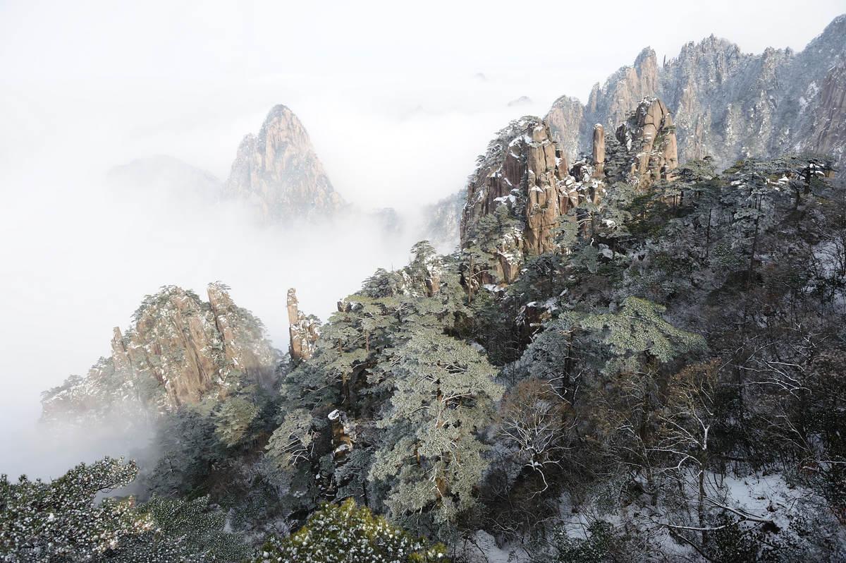 望远镜作品:黄山.雪景
