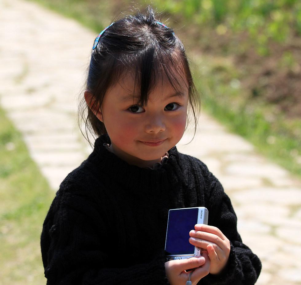 浮光随日作品:拍花的小姑娘