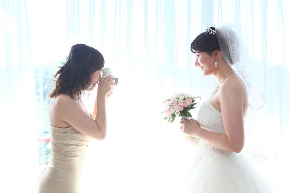 cyberomeo作品:新娘和伴娘