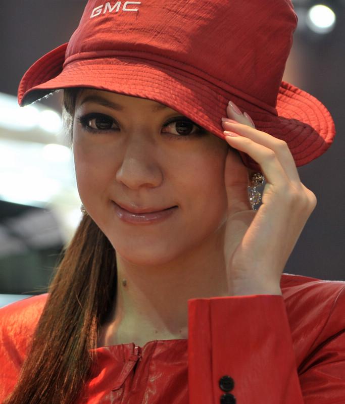 南方兄作品:2011上海车展美女