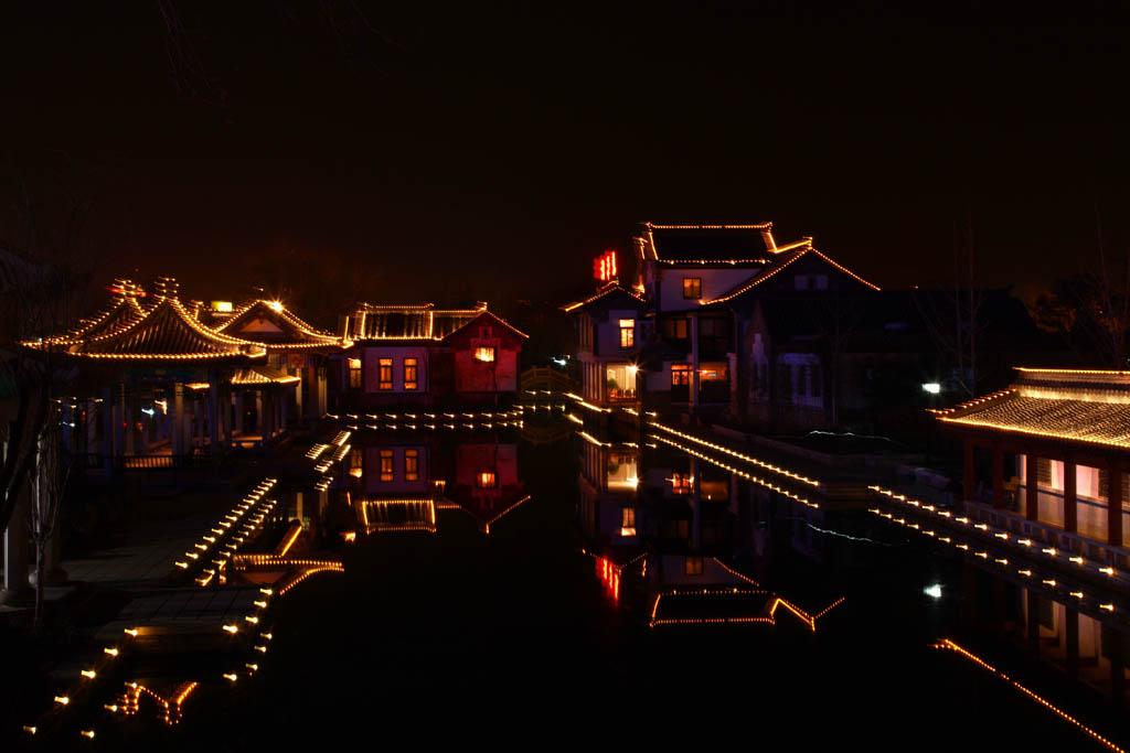 一二丁作品:水乡夜景