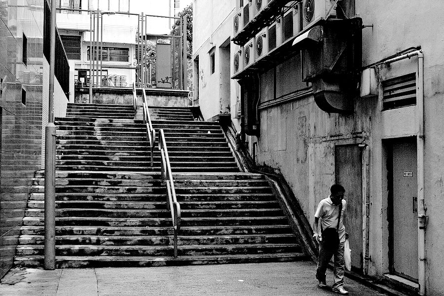gyrbf作品:黑白 街头