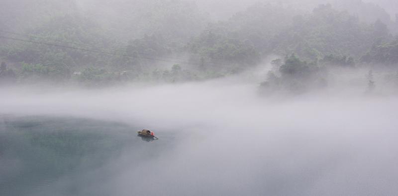 不走寻常路作品:水云之舟