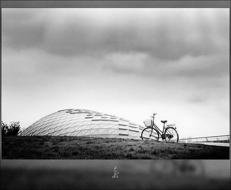 Evangel作品:天上的单车